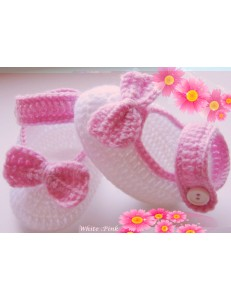 Baby girls crochet shoes flower