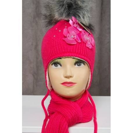 Girls hat and scarf flowers